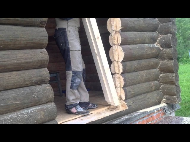 Установка входной и межкомнатных дверей в бане из сруба