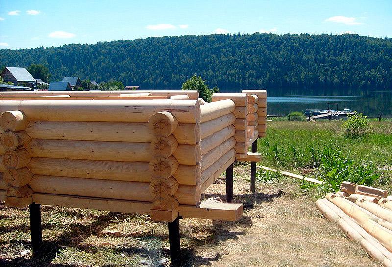 Нюансы строительства фундамента под баню со сливом