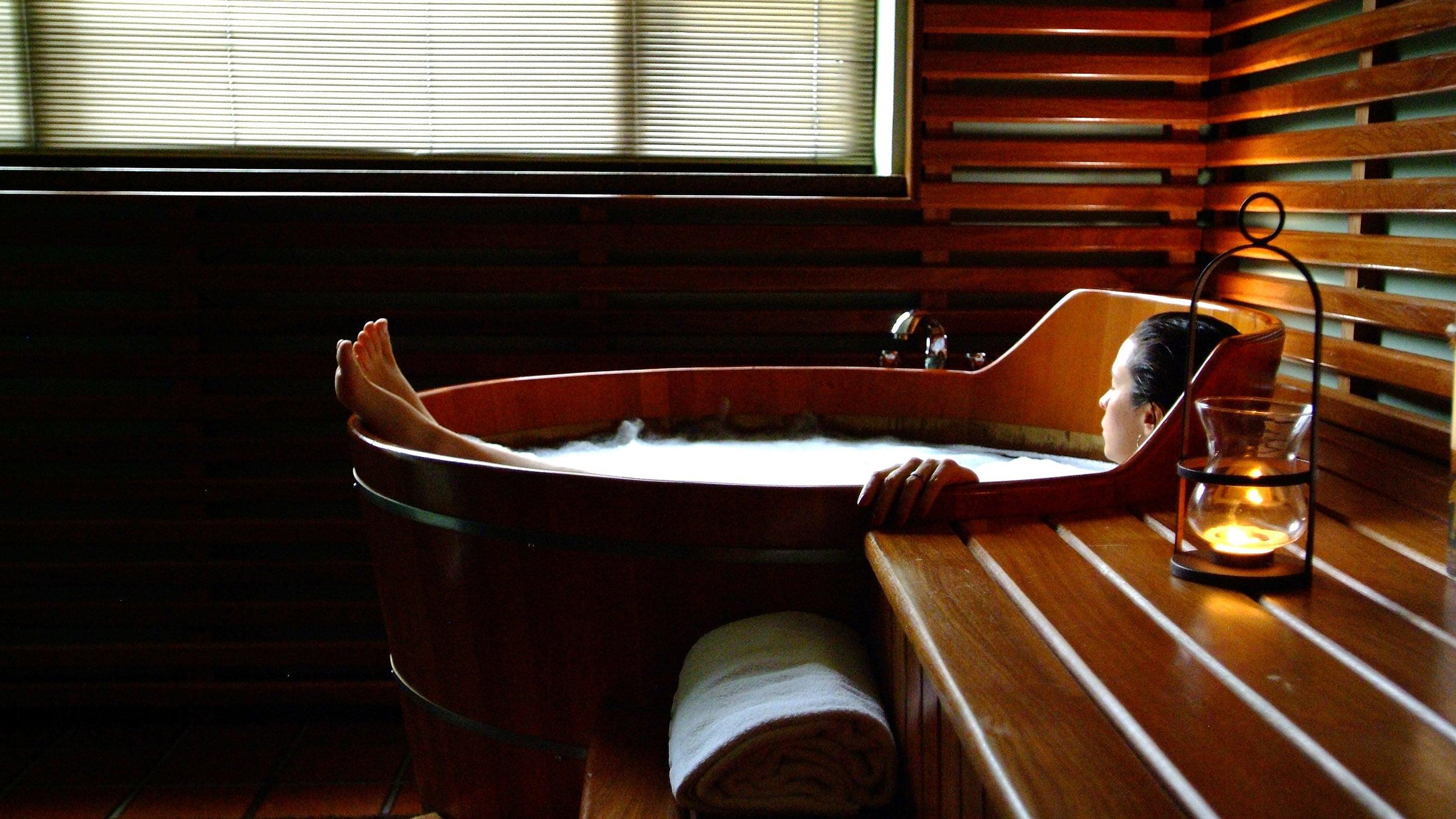 Японская баня офуро своими руками: технология строительства. японская баня: восточная экзотика на русский манер