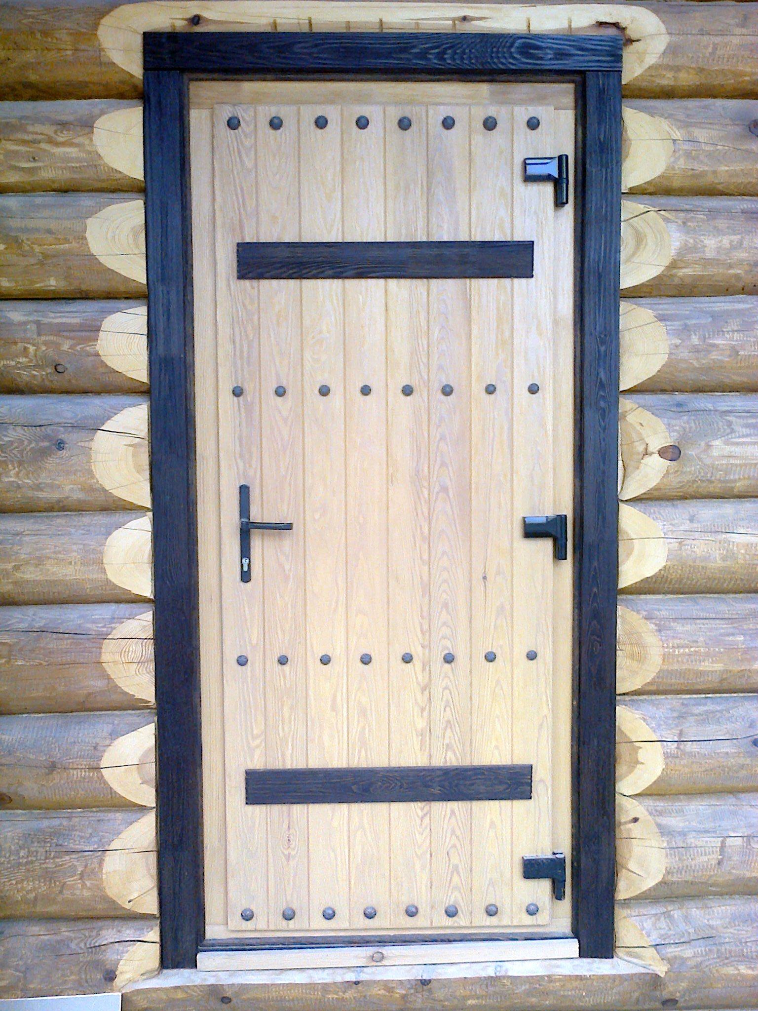 Деревянная дверь в баню своими руками из дерева: как сделать из доски пошагово
