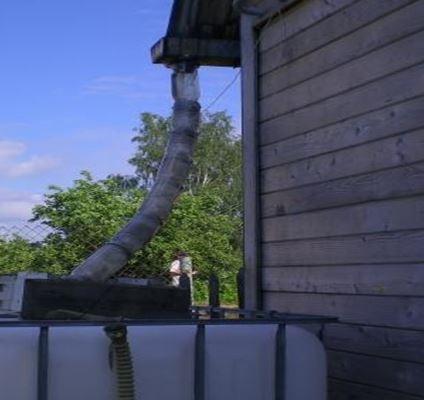Водостоки для крыши своими руками из подручных материалов