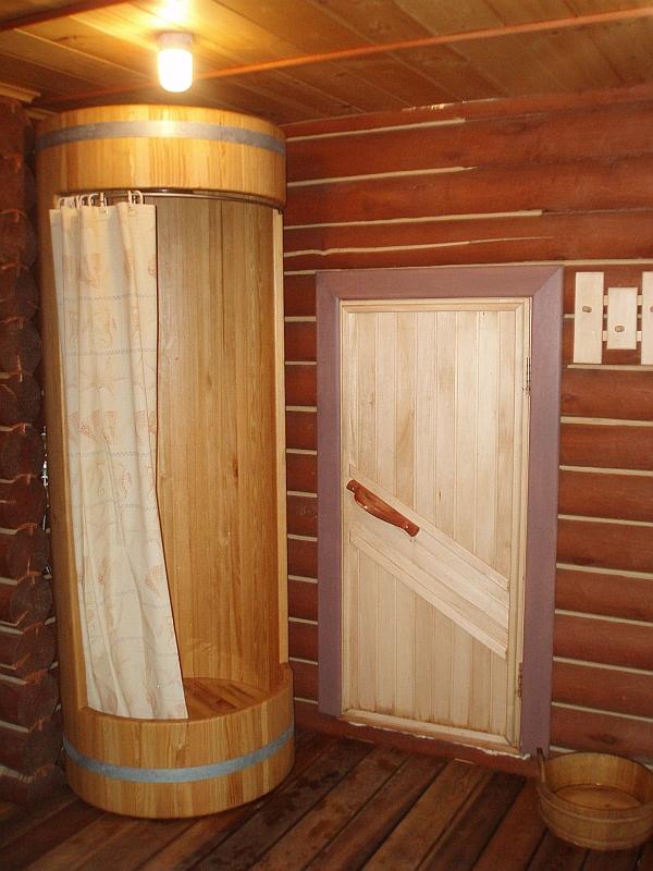 Как сделать душ в бане: инструкция и полезные рекомендации