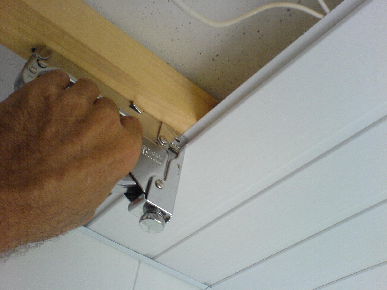Технология монтажа вагонки на потолок