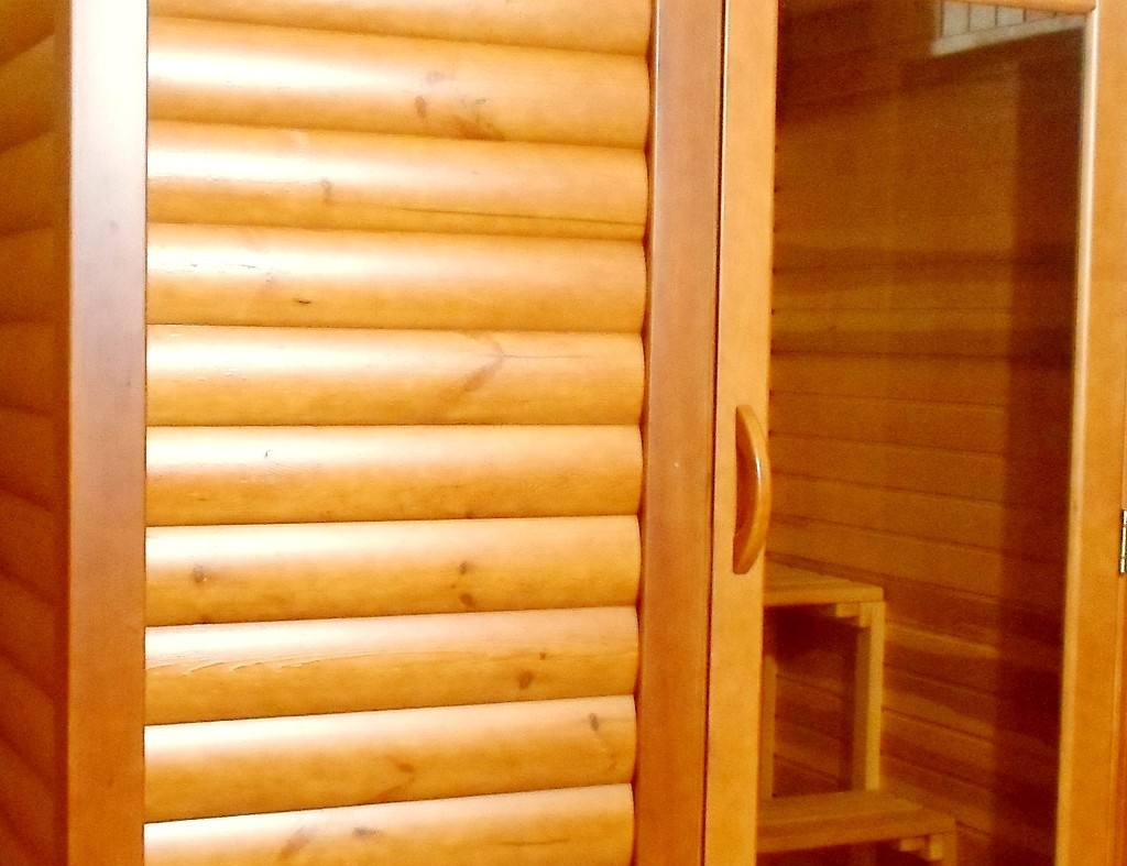 Блок-хаус для бани – для внутренней и внешней отделки + видео