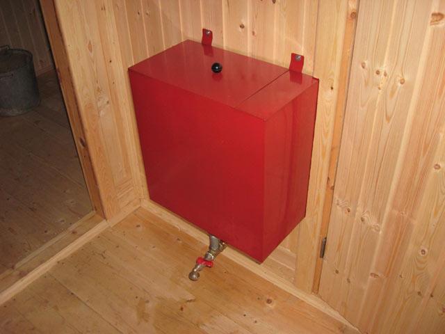 Бак для воды в баню: как правильно выбрать, конструктивные особенности, виды и способы монтажа