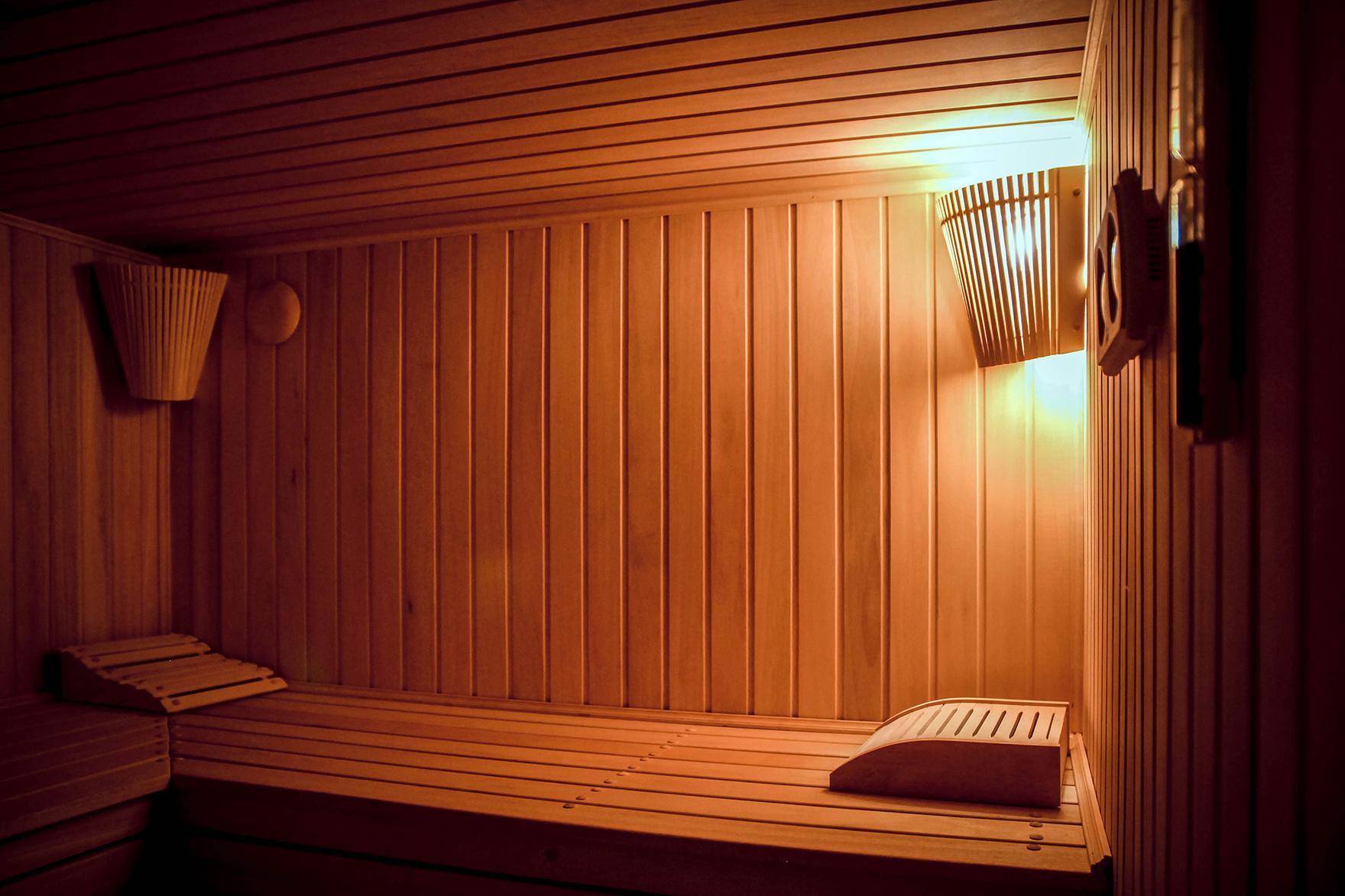 Освещение в бане своими руками: светильники, оптоволокно - фото, видео
