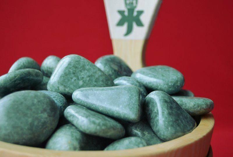 Как выглядит камень для бани жадеит, его преимущества и свойства