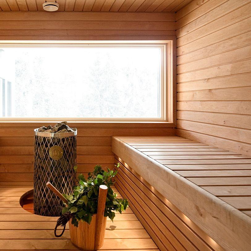 Окна в бане: их размеры и материалы для разных помещений