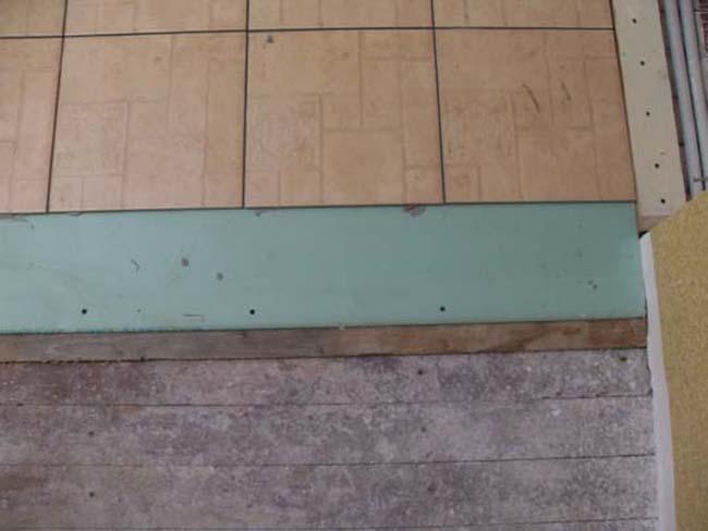 Можно ли положить плитки на пол на основание из гипсокартона, этапы работ своими руками