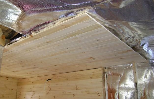 Черновой потолок в бане и подшивка снизу