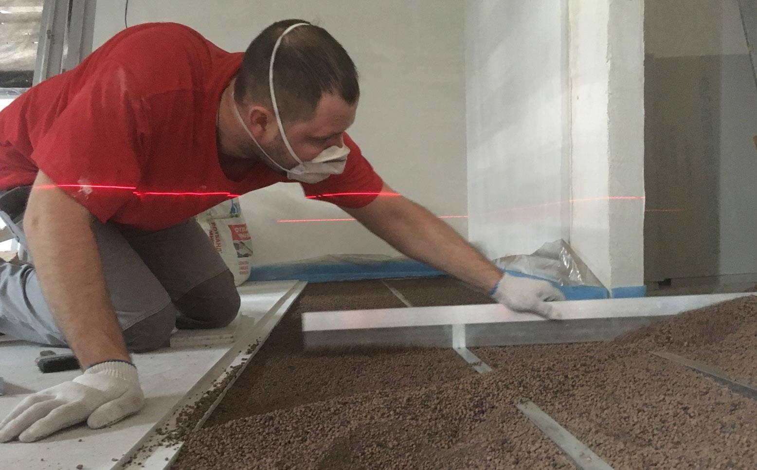 Укладка плитки на деревянный пол: советы мастеров