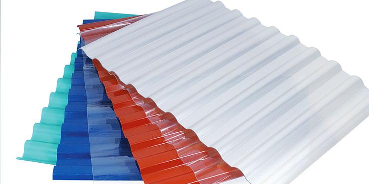 Достоинства прозрачного шифера для крыши