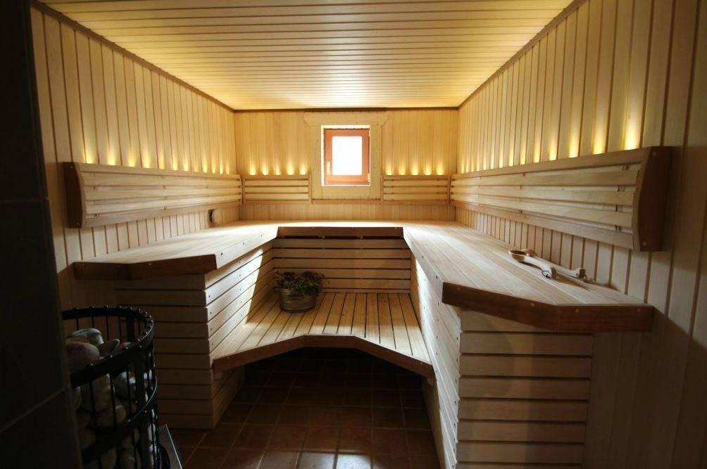 Простая баня на три отделения