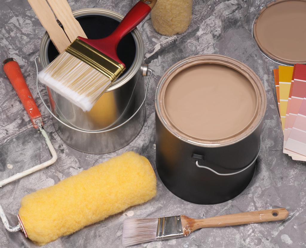 Покрасить вагонку внутри дома: чем и как