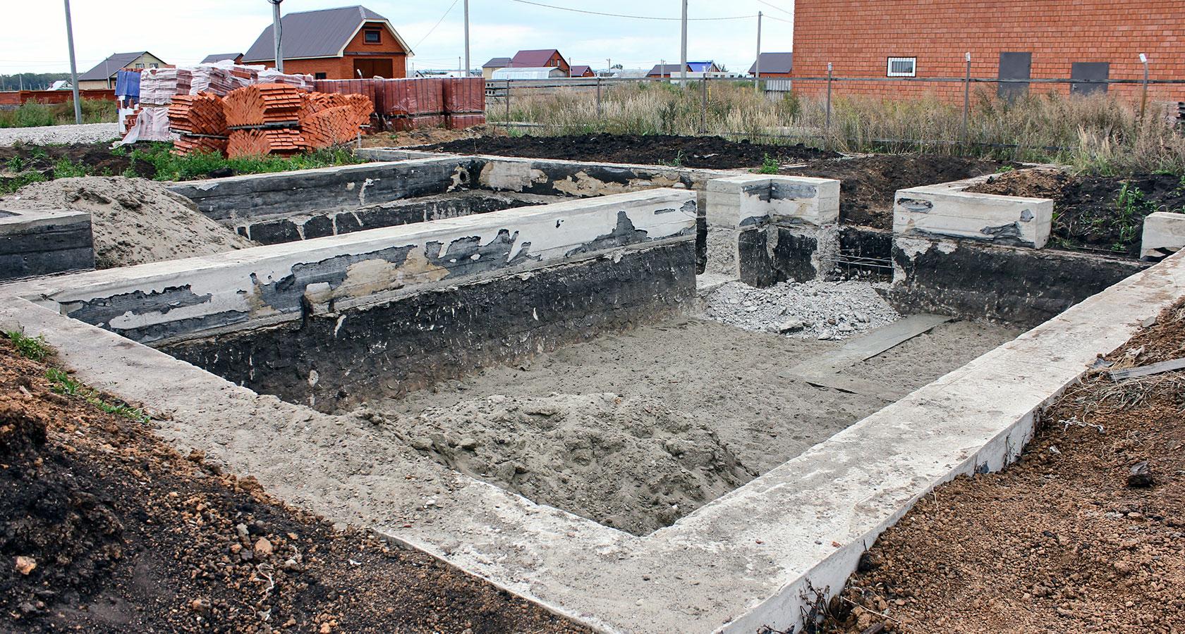 Как сделать фундамент для дома из керамзитобетонных блоков
