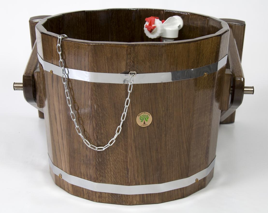 Выбор и изготовление ведер для обливания в бане