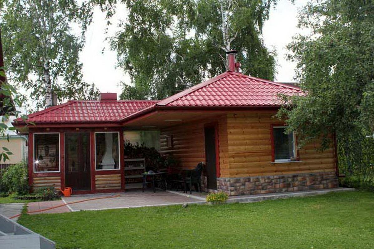Варианты совмещения бани с сараем под одной крышей, а также с барбекю, с летней кухней или с бассейном