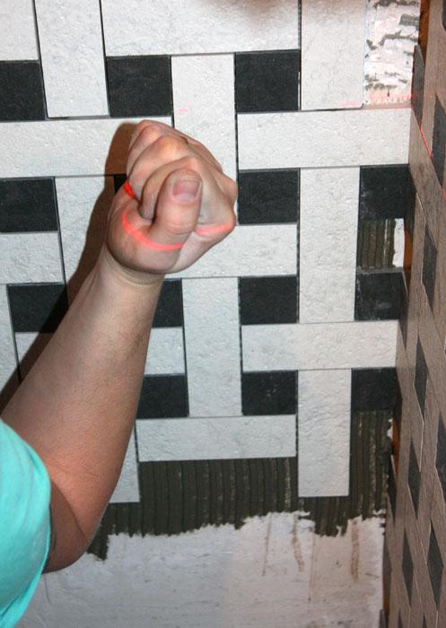 Укладка мозаики: монтаж мозаичной плитки на стену, как класть своими руками, как делают - мастер-класс