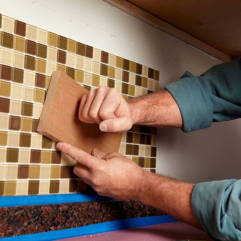 Укладка мозаики своими руками - какой клей использовать, как класть на сетке, на пол, в бассейне, как выложить рисунок из битой керамической плитки, технология проведения работ + фото и видео