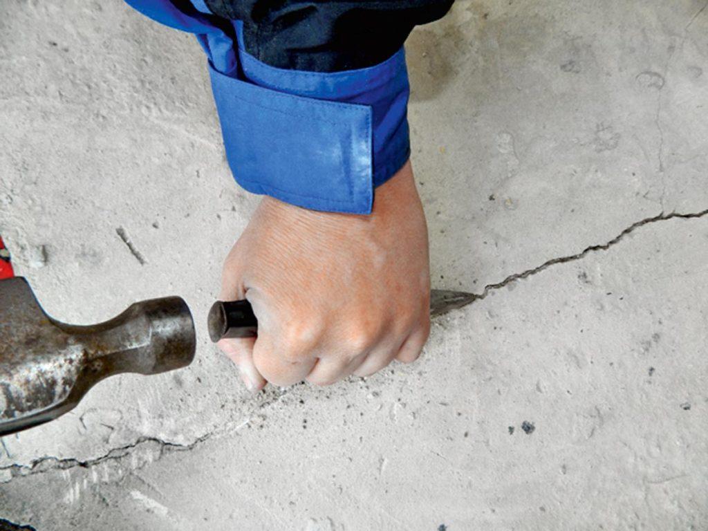 Заделка трещин в бетоне: 3 самых надежных метода