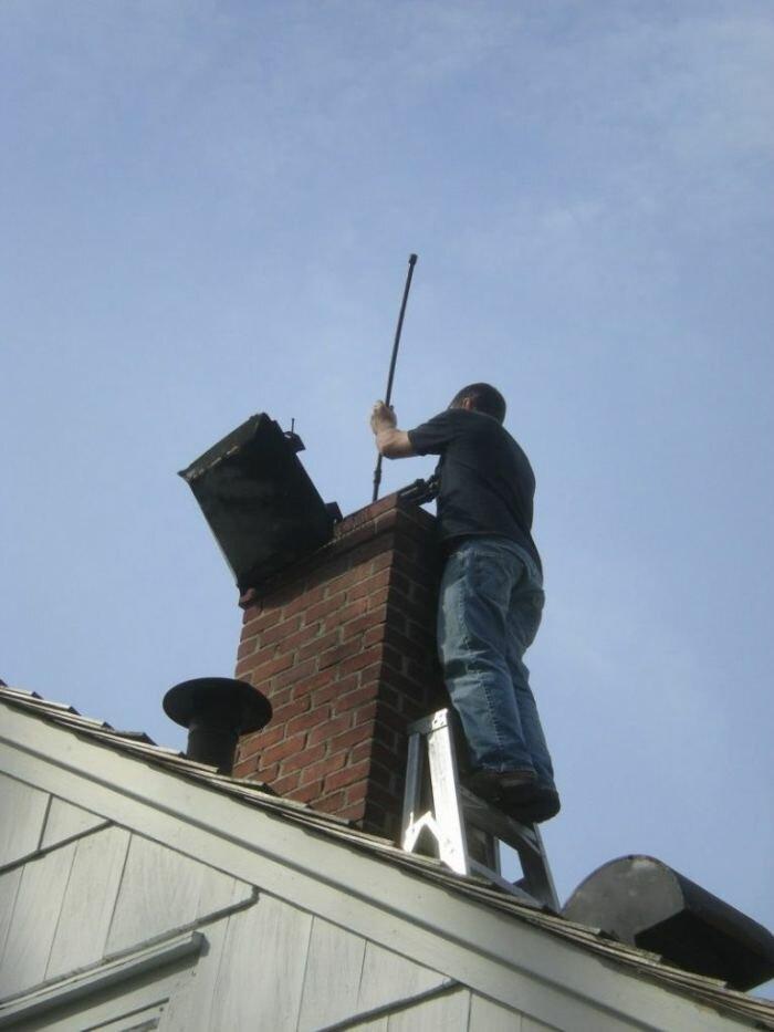 Чистка дымохода от сажи: обзор лучших средств и самых эффективных способов