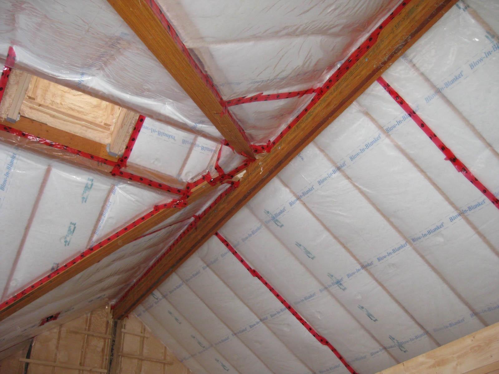 Пароизоляция для потолка бани: 5 способов сберечь баню от влаги