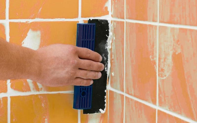 Затирка для плитки в ванной и не только: какую выбрать и какого цвета?