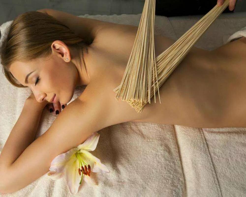 Массаж бамбуковыми палочками и вениками | ваш-массаж