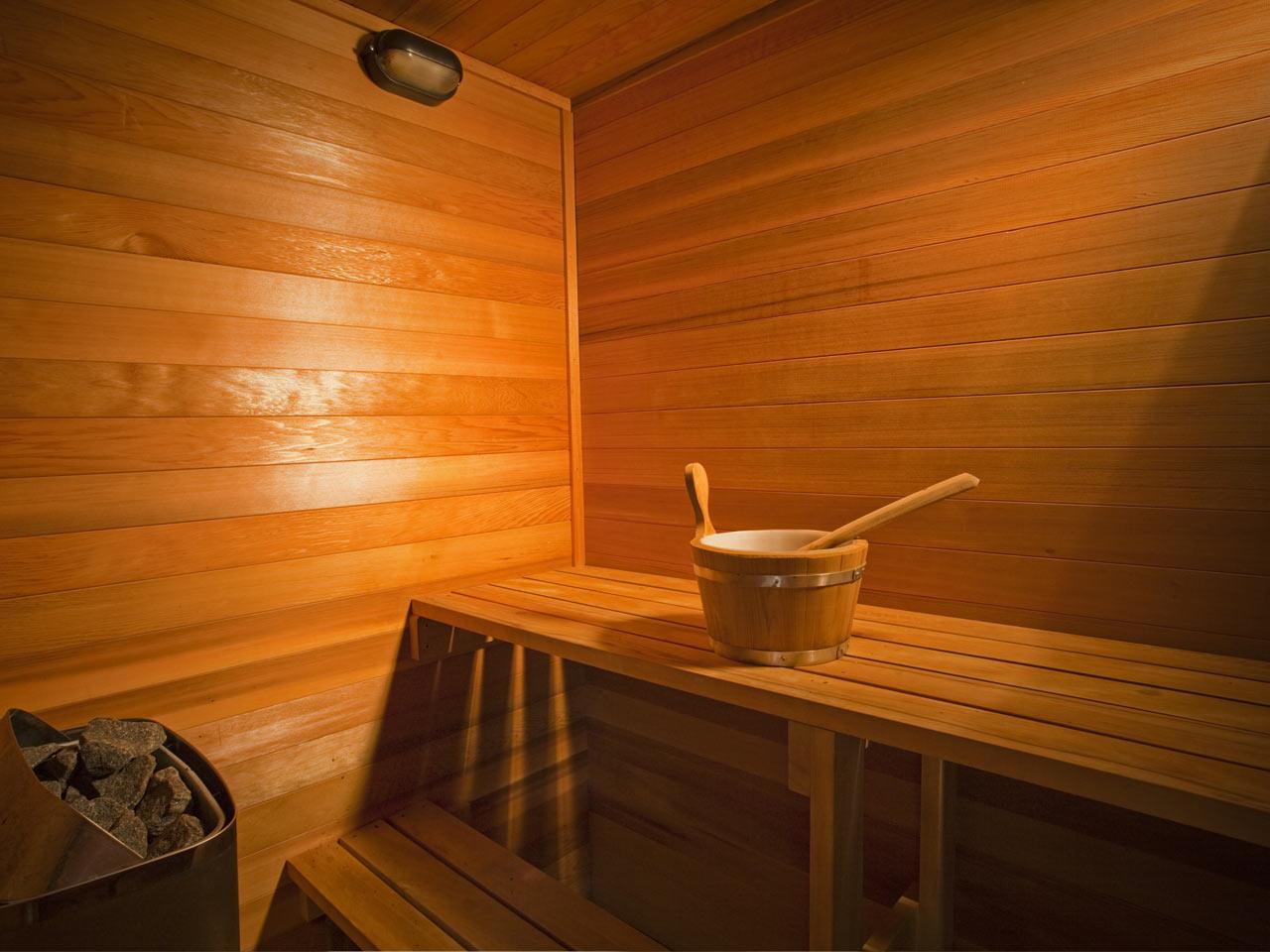 Чем обработать вагонку в бане и как лучше всего это сделать