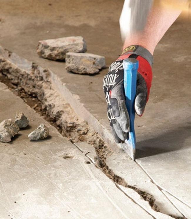 Как и чем заделывать трещины в бетонном полу?