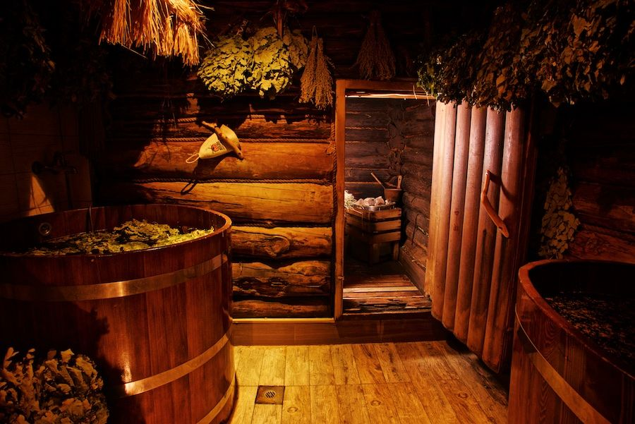 Бани на дровах: особенности и преимущества