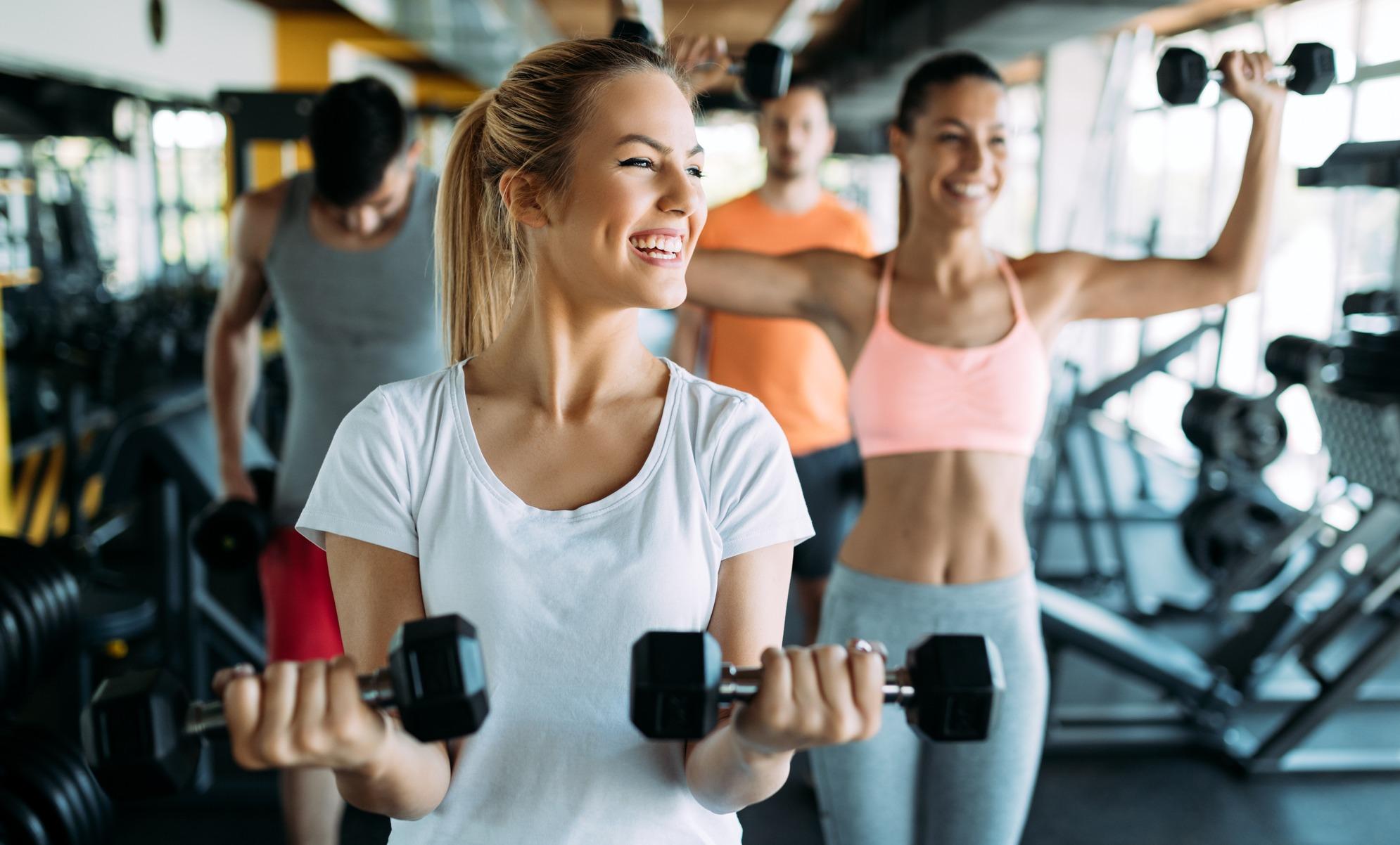 Сауна после тренажерного зала: польза или вред после тренировки, как правильно ходить в сауну, полезна ли, можно ли идти после бодибилдинга, фото и видео