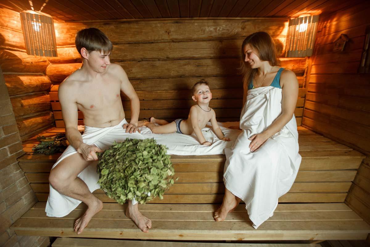 Баня для мужчин - польза, вред и особенности посещения