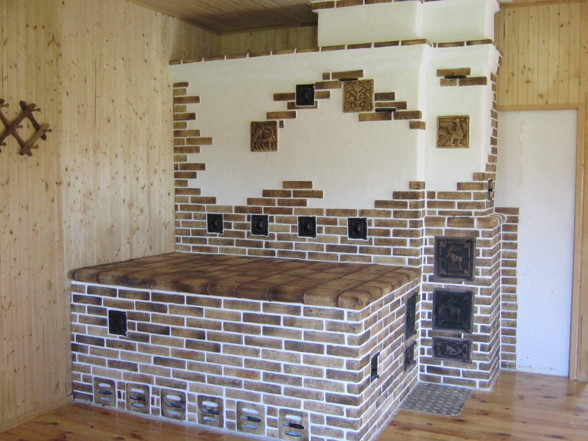Отделка печей и каминов: кафельной плиткой, декоративным камнем, мрамором