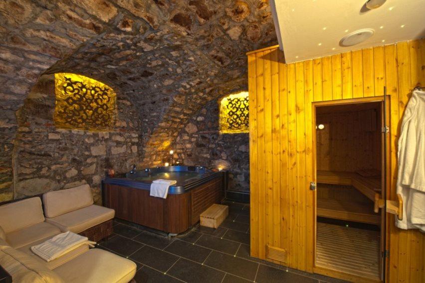 Баня под домом: как построить баню в подвале частного дома своими руками