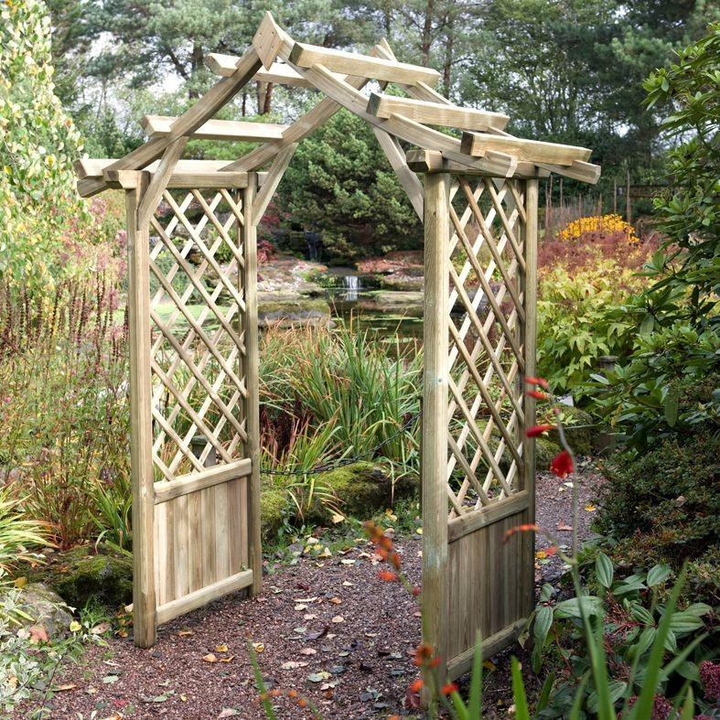 Варианты и технология постройки пергол и арок из дерева