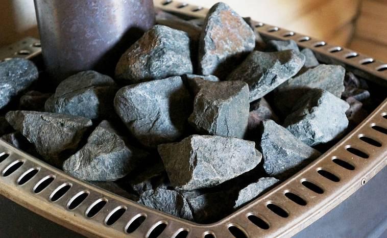 Талькохлорит для бани: свойства камня обвалованного и колотого, фото