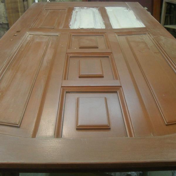 Покраска дверей (70 фото): быстросохнущая краска без запаха для межкомнатных деревянных изделий и из мдф, как снять старую краску