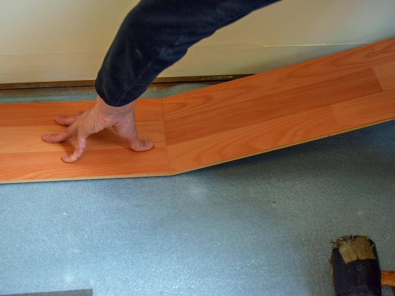 Укладка ламината своими руками пошаговая инструкция видео, фото