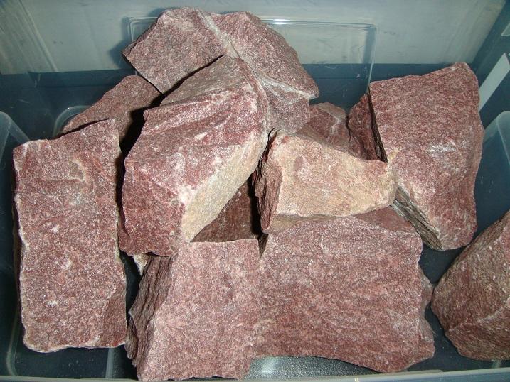 Какие камни выбрать для бани: характеристики порфирита, жадеита, талькохлорита и других камней для каменки