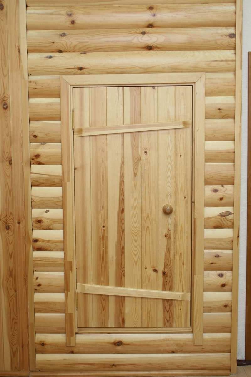 Какую дверь лучше поставить в баню?