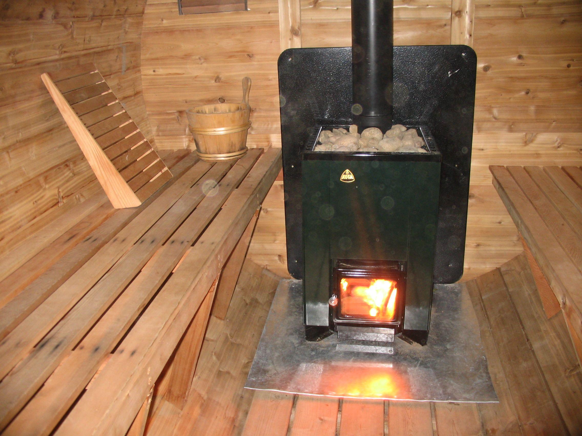 Как правильно установить печь в бане? выбор места, тонкости монтажа печи в деревянном доме
