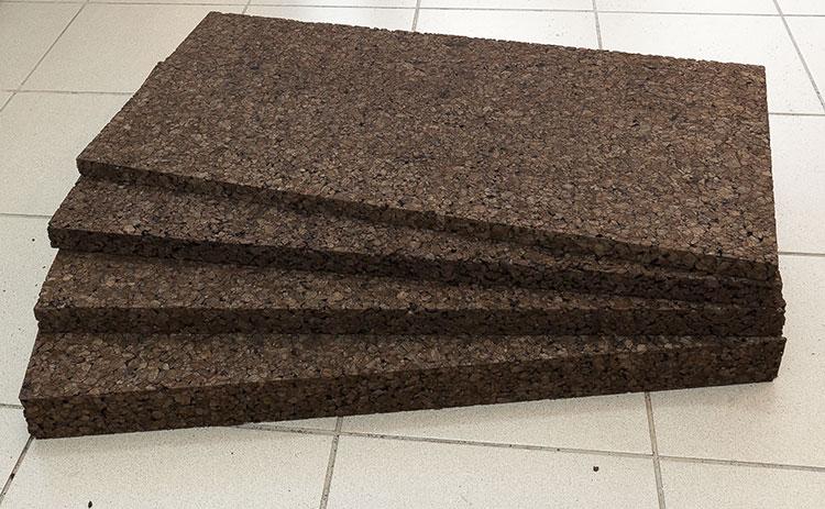 Технические характеристики, плюсы и минусы пробковых обоев, панелей для стен, рулонных и жидких пробковых покрытий