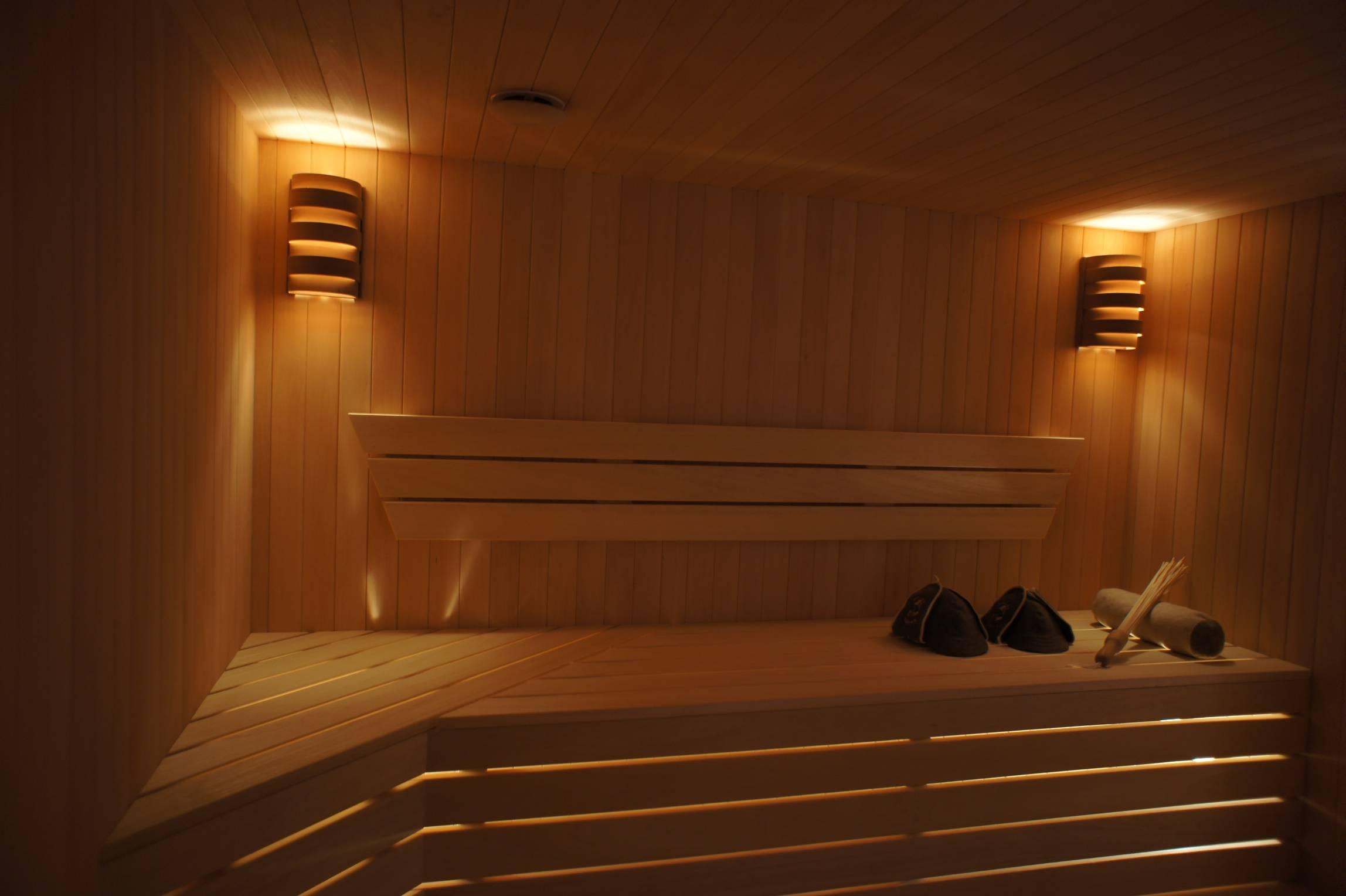 Как правильно сделать освещение в бане в парилке – практические советы