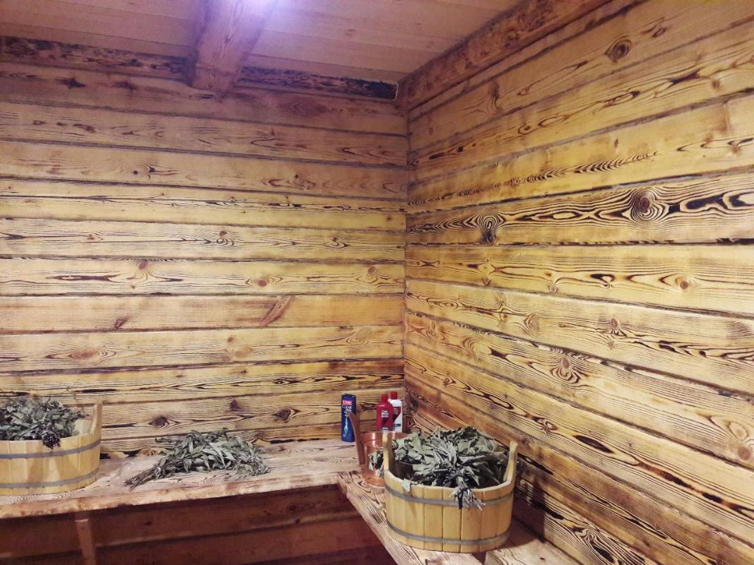 Пропитки по дереву внутри бани и парилки: чем обработать внутреннюю поверхность