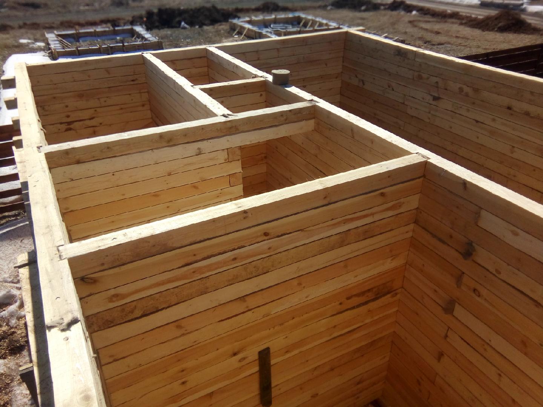 Стоит ли строить баню из клееного бруса?
