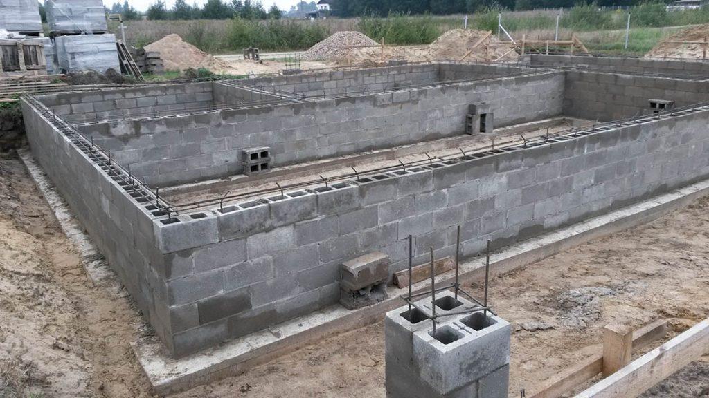 Фундамент для дома из керамзитобетона: особенности построек