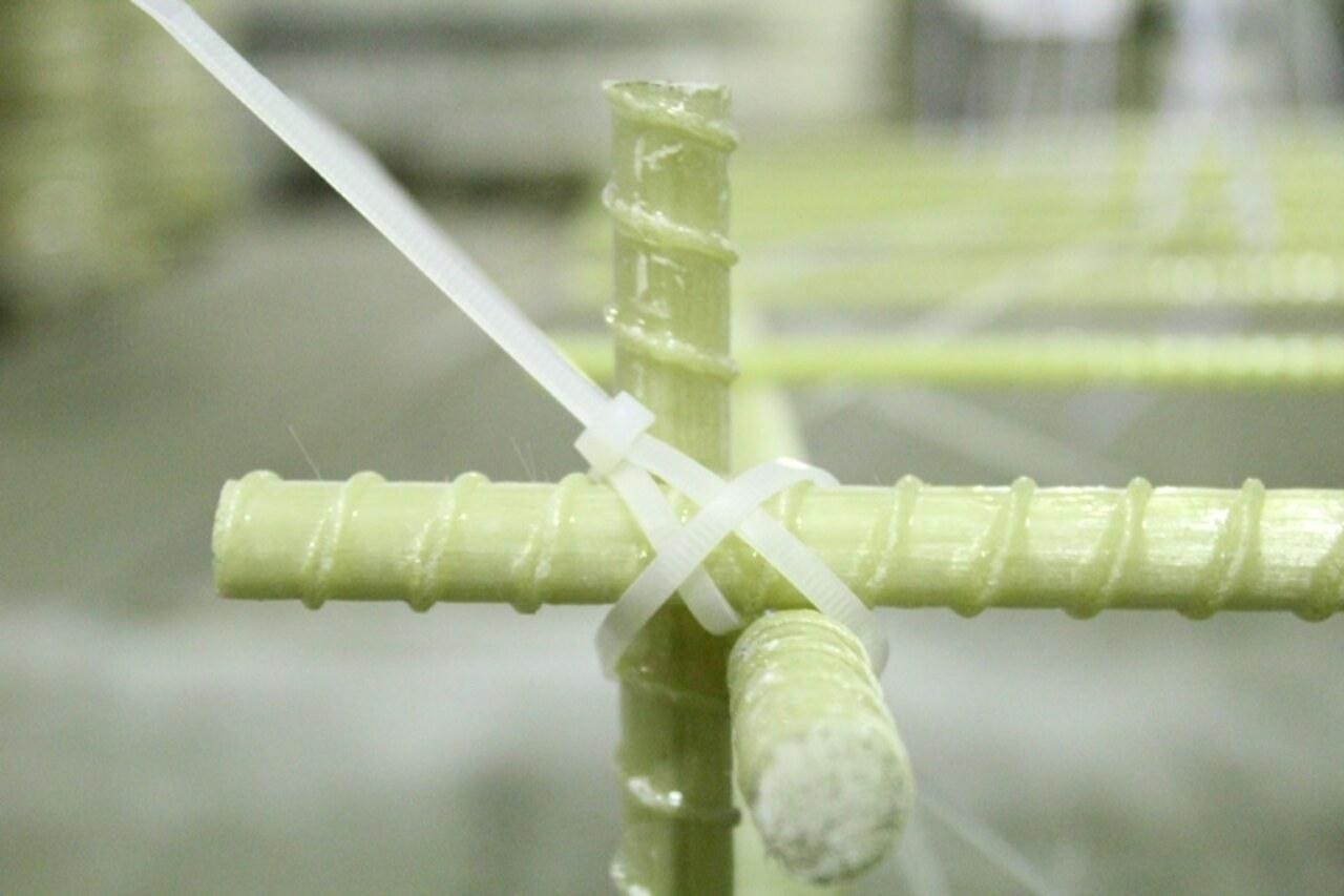 Монтаж арматуры из стекловолокна с фото