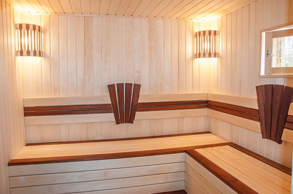 Вагонка из абаша для внутренней отделки бани и сауны
