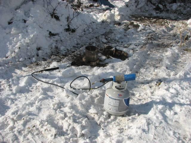 Как отогреть замерзший водопровод своими руками